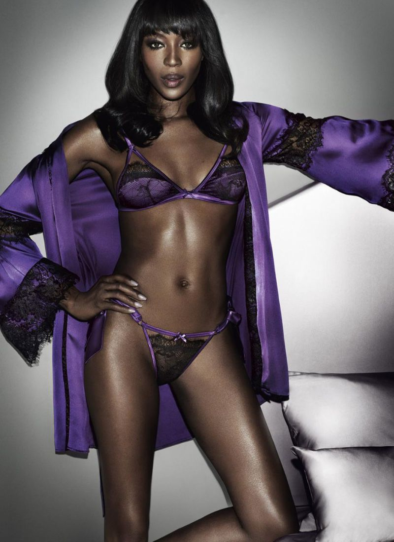 Naomi-Campbell-Yamamay-Lingerie