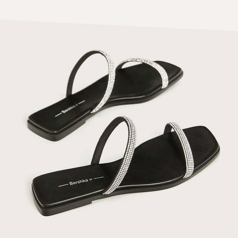 Sandali bassi con fascette gioiello